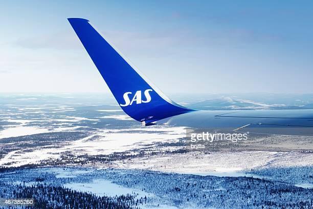 SAS Flugzeug fliegt über Schwedisch-Lappland nur nach Ausziehen