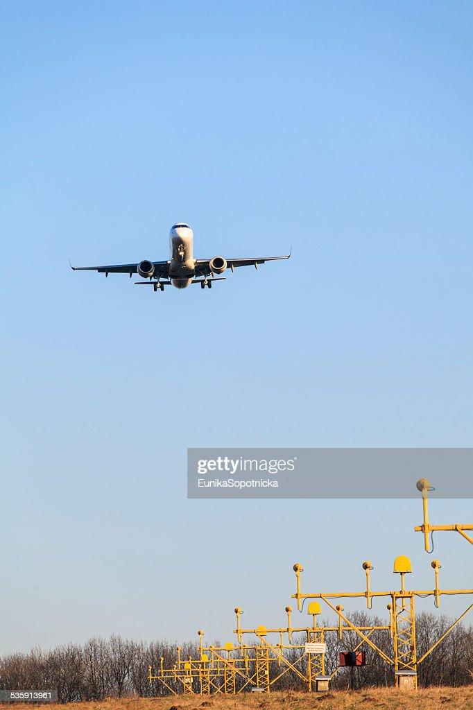 Avião's landing : Foto de stock