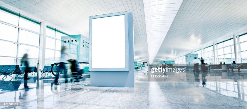 Panneau d'affichage de l'aéroport : Photo