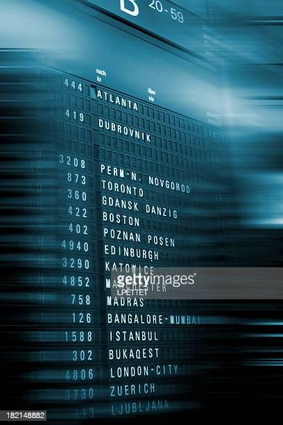 Tableau d'information de l'aéroport