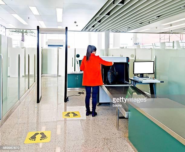Flughafen-Sicherheitskontrolle