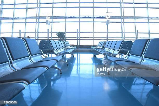 Terminal de aeropuerto en espera la sala de estar