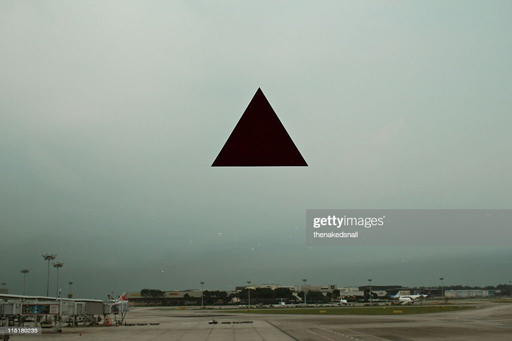 Airport, Triangle