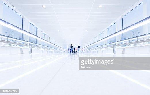 Airport Walkway : Foto stock