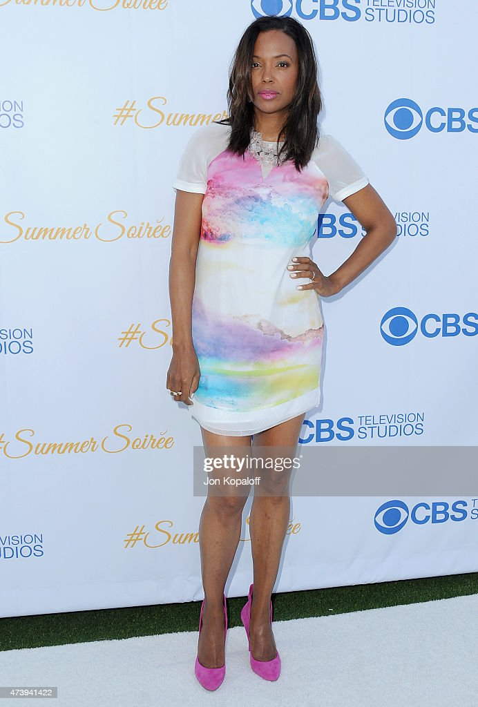 <a gi-track='captionPersonalityLinkClicked' href=/galleries/search?phrase=Aisha+Tyler&family=editorial&specificpeople=202262 ng-click='$event.stopPropagation()'>Aisha Tyler</a> arrives at CBS Television Studios 3rd Annual Summer Soiree Party at The London Hotel on May 18, 2015 in West Hollywood, California.