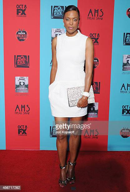 Aisha Tyler arrives at the Los Angeles Premiere 'American Horror Story Freak Show' at TCL Chinese Theatre IMAX on October 5 2014 in Hollywood...