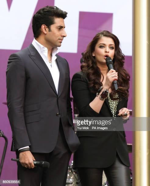 Aishwarya Rai and husband Abhishek Bachchan on stage