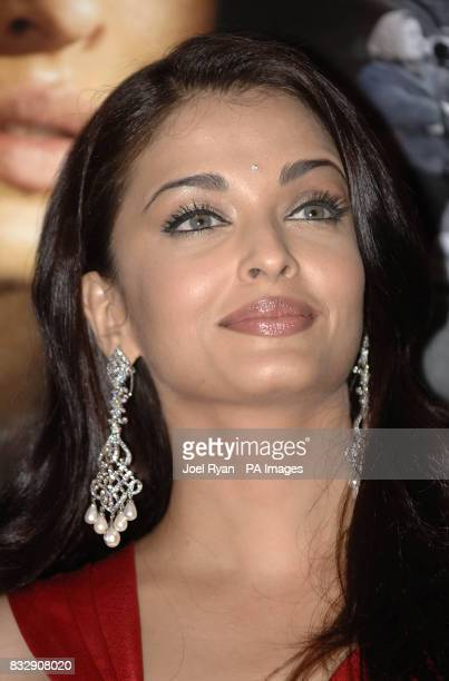 Aishwarya Rai arrives for a Special Preview Screening of 'Provoked' in the Courthouse Hotel Kaplinksi west London