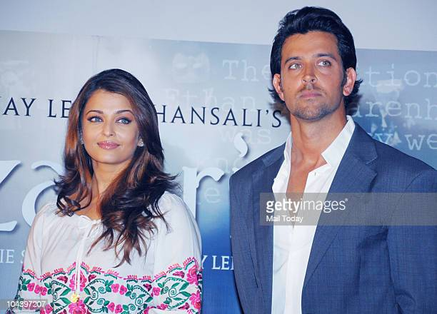 Aishwarya Rai Bachchan and Hrithik Roshan at the unveiling of the first look of the film 'Guzaarish' in Mumbai on September 23 2010