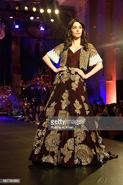 Aishwarya RaiBachchan walks the runway in designer Manish Malhotra's couture ensemble from his collection Couture Soiree The Empress Story at the...