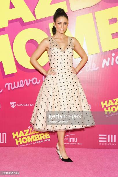 Aislinn Derbez attends the 'Hazlo Como Hombre' Mexico City premiere at Cinepolis Oasis Coyoacan on August 8 2017 in Mexico City Mexico