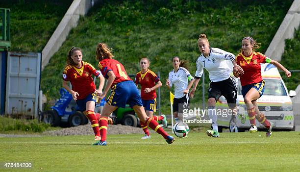 Aitana Bonmati of Spain challenges Giulia Gwinn of Germany during the UEFA European Women's Under17 Championship match between U17 Germany and U17...