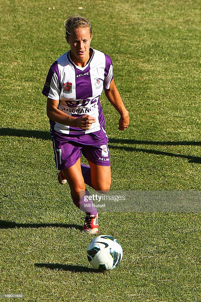 Aivi Luik of the Glory controls the ball during the round 11 W-League match between the Perth Glory and the Newcastle Jets at Intiga Stadium on January 5, 2013 in Perth, Australia.