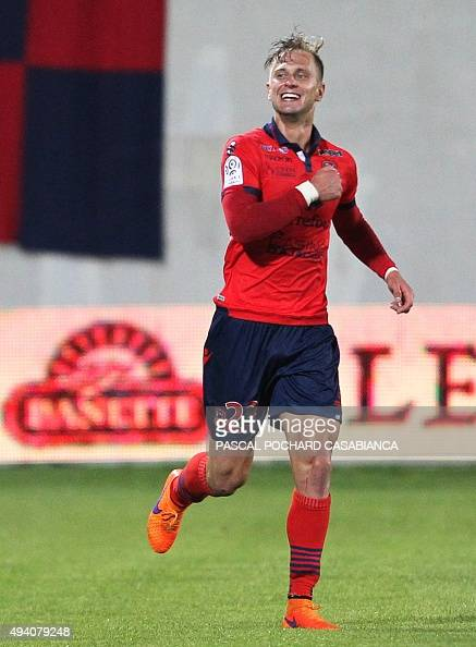 Ajaccio's Dutch midfielder Damjan Djokovic celebrates after scoring a goal during the French L1 football match between Gazelec Ajaccio and Nice on...