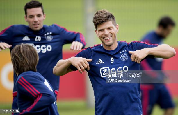 Ajax Amsterdam player Klaas Jan Huntelaar takes part in a training session in Amsterdam on August 1 2017 Amsterdam is in preparation for the...