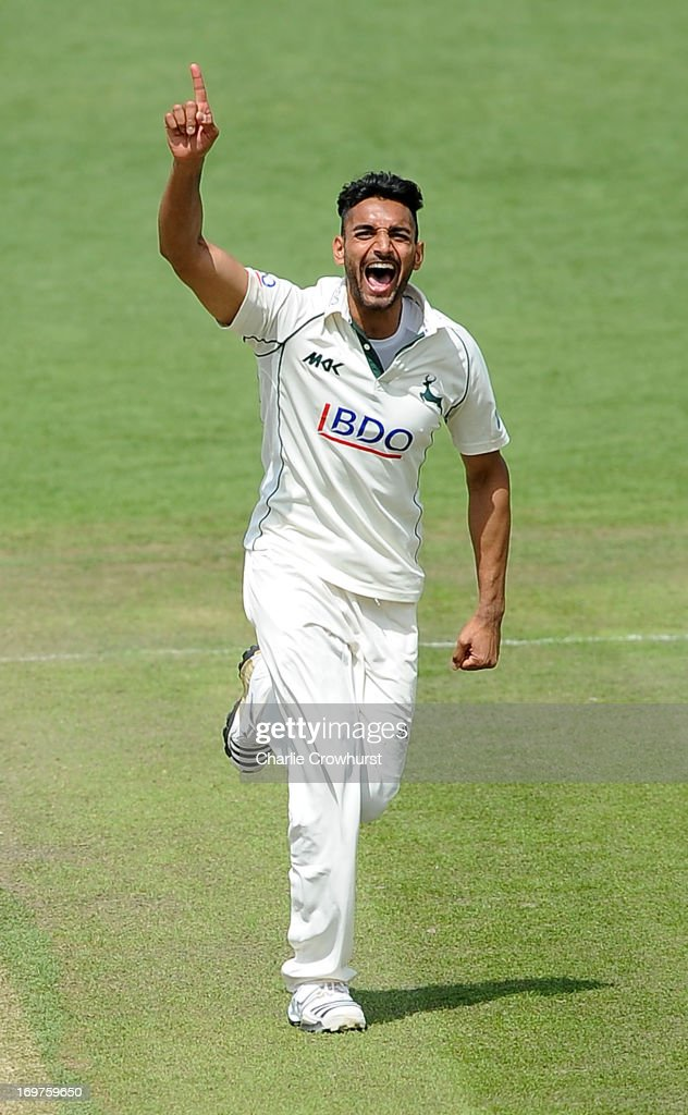 Sussex v Nottinghamshire - LV County Championship - Day 2