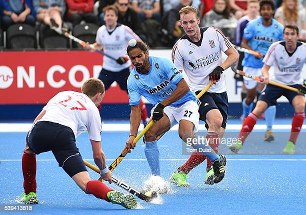 Akashdeep Singh of India in action during day two of the FIH Men's Hero Hockey Champions Trophy 2016 match between India and Great Britain at Queen...