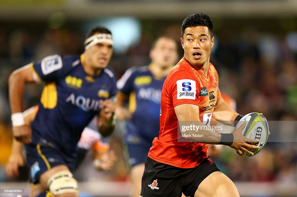 <a gi-track='captionPersonalityLinkClicked' href=/galleries/search?phrase=Akihito+Yamada&family=editorial&specificpeople=4070668 ng-click='$event.stopPropagation()'>Akihito Yamada</a> of the Sunwolves makes a line break during the round 14 Super Rugby match between the Brumbies and the Sunwolves at GIO Stadium on May 28, 2016 in Canberra, Australia.