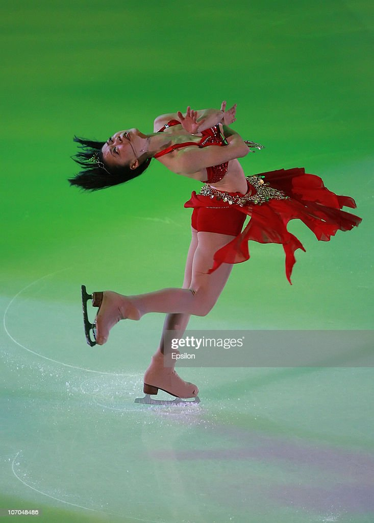 <a gi-track='captionPersonalityLinkClicked' href=/galleries/search?phrase=Akiko+Suzuki&family=editorial&specificpeople=5621783 ng-click='$event.stopPropagation()'>Akiko Suzuki</a> of Japan performs in the Gala Exhibition during of the ISU Grand Prix of Figure Skating 2010/2011 Cup of Russia at Megasport Sport Palace on November 21, 2010 in Moscow, Russia.