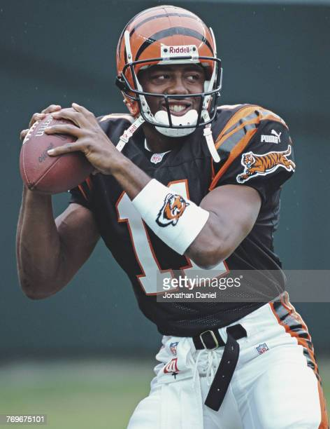Akili Smith Quarterback for the Cincinnati Bengals during the American Football Conference Central game against the Cleveland Browns on 10 September...