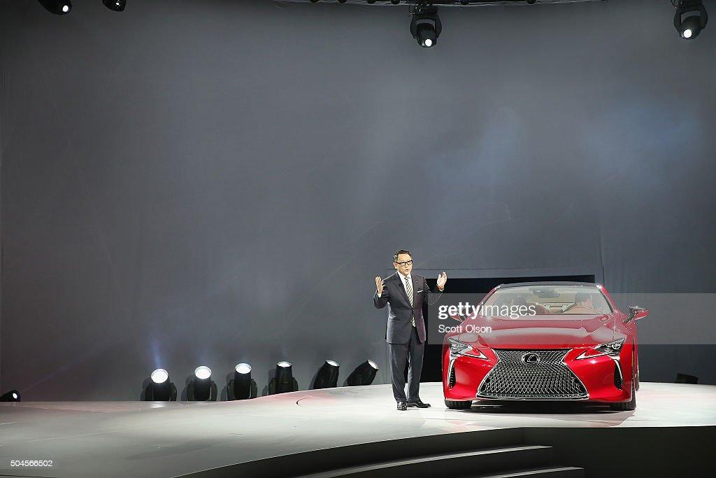 Car Makers Reveal New Models At N American International