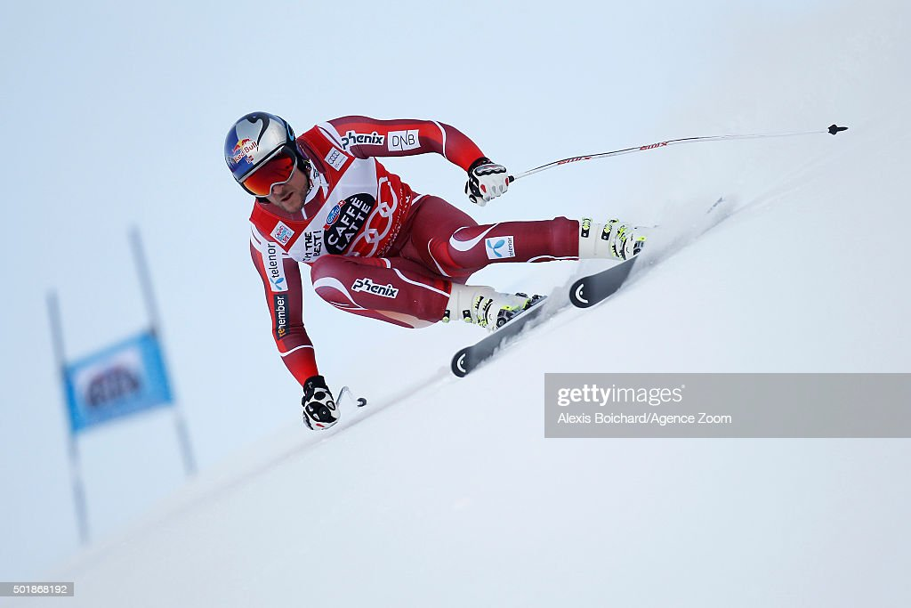 <a gi-track='captionPersonalityLinkClicked' href=/galleries/search?phrase=Aksel+Lund+Svindal&family=editorial&specificpeople=227957 ng-click='$event.stopPropagation()'>Aksel Lund Svindal</a> of Norway competes during the Audi FIS Alpine Ski World Cup Men's Super-G on December 18, 2015 in Val Gardena, Italy.