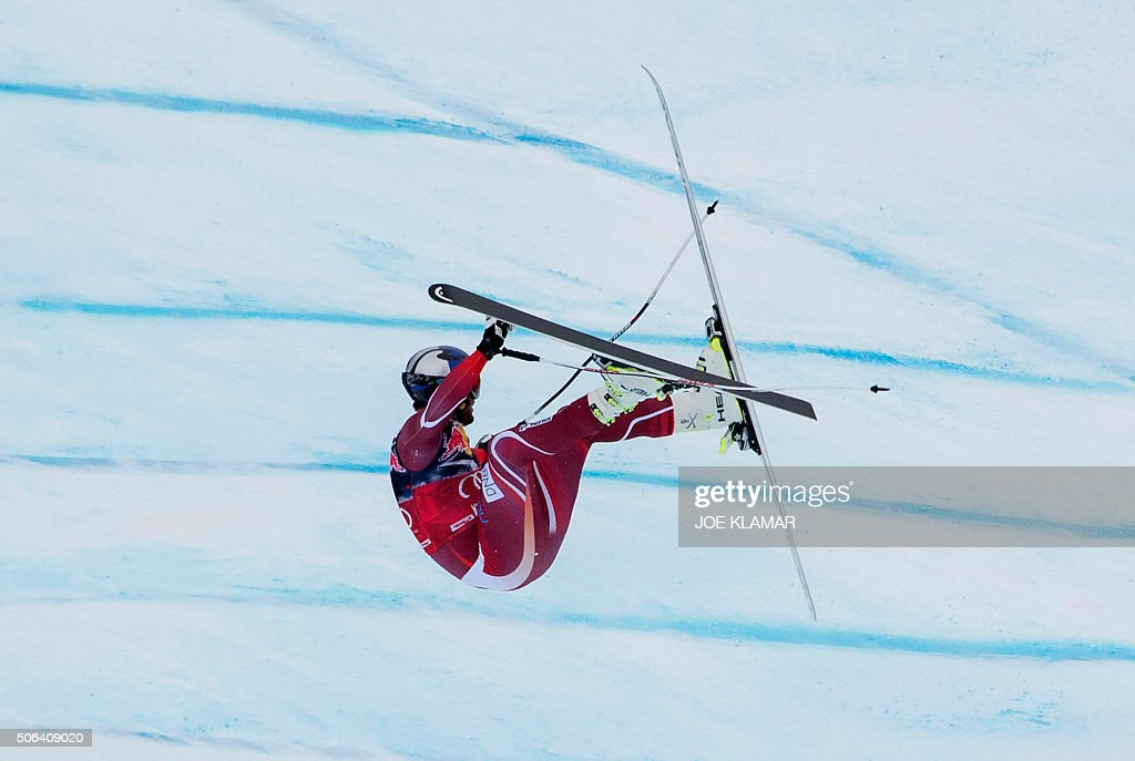 TOPSHOT Aksel Lund Svindal of Norway crashes as he competes during the men's downhill of FIS Ski World cup in Kitzbuehel Austria on January 23 2016 /...