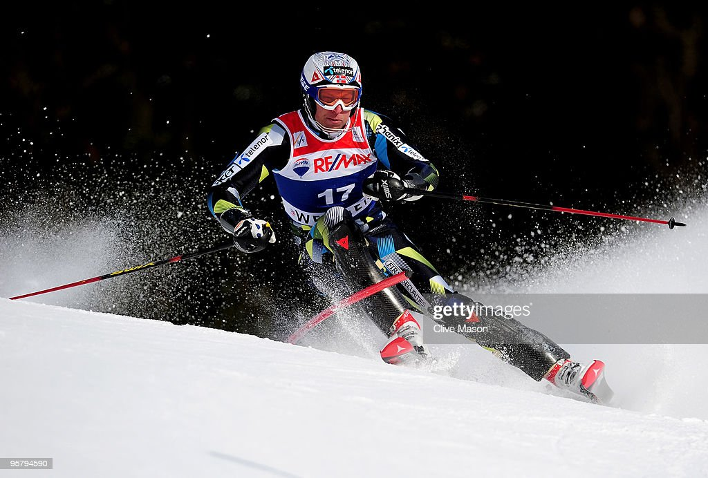 Aksel Lund Svindal of Norway in action during the Mens Super Combined Slalom event on January 15, 2010 in Wengen, Switzerland.