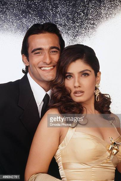 1992 Akshay Khanna and Raveena Tandon