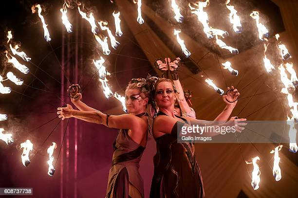 Akt Theater plays Ja gore performance during the Sztuka Ulicy Festival on September 09 2016 at Szczesliwicki Park in Warsaw Poland Sztuka Ulicy...