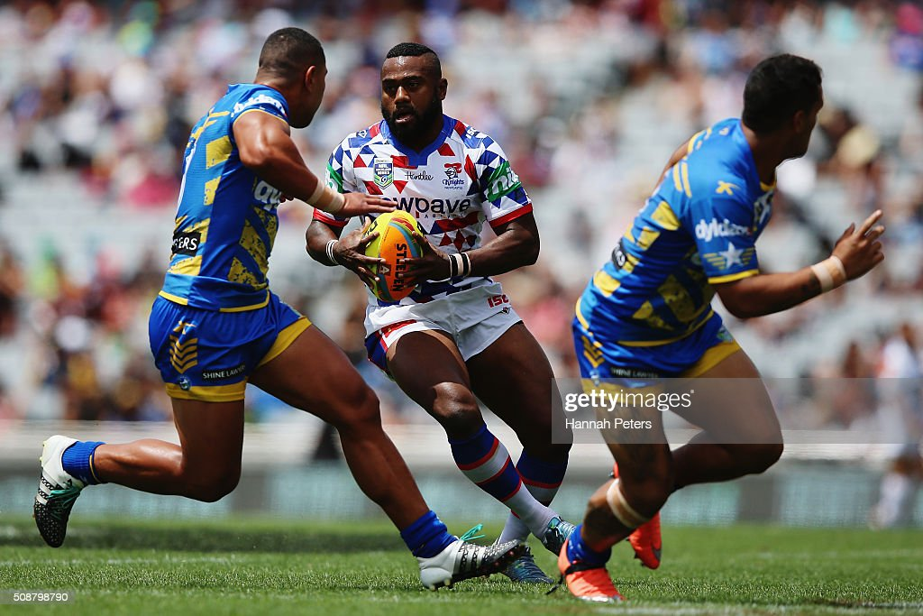 Akuila Uate of the Newcastle Knights charges forward during the 2016 Auckland Nines quarter final match between the Parramatta Eels and the Newcastle Knights at Eden Park on February 7, 2016 in Auckland, New Zealand.