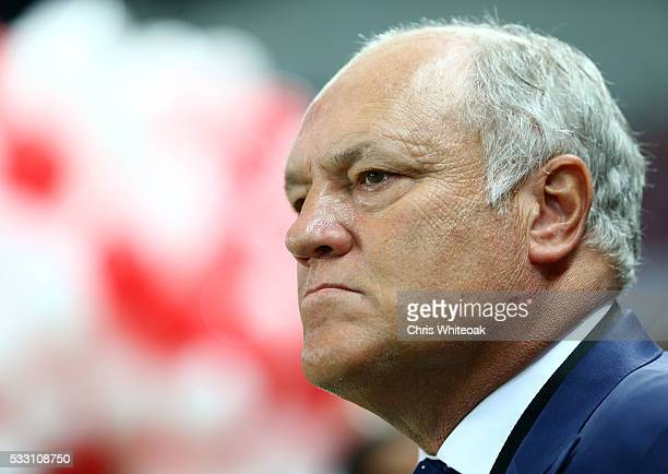 Al Ahly manager Martin Jol during the international friendly match between AS Roma and Al Ahly on May 20 2016 in Al Ain United Arab Emirates