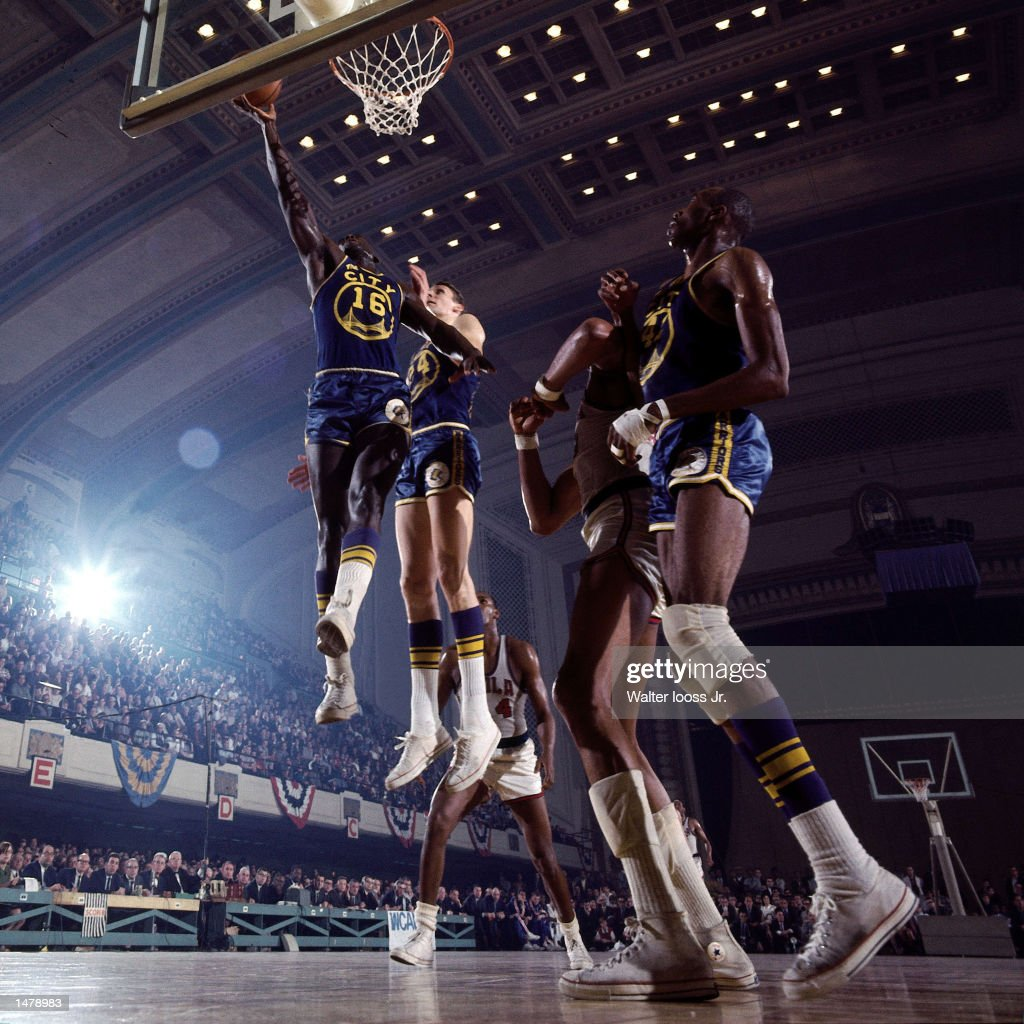 Al Attles shoots jumper v 76ers