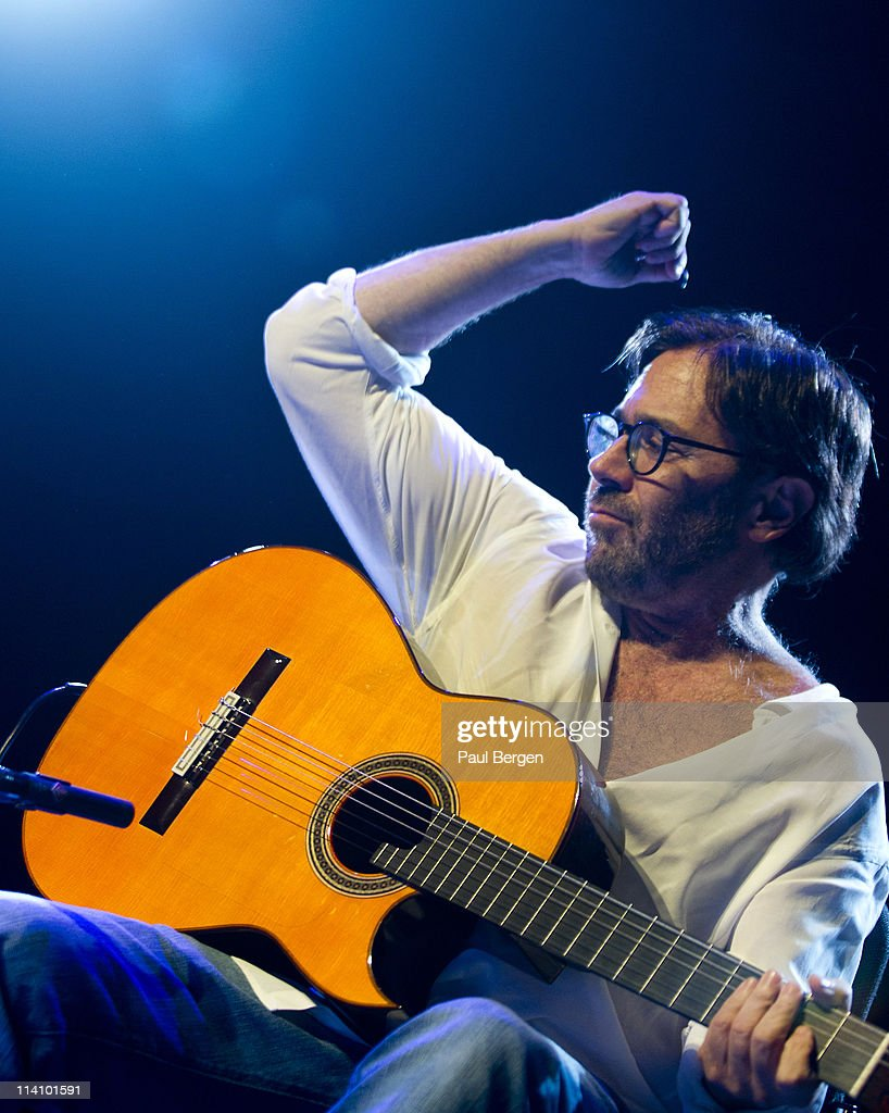 <a gi-track='captionPersonalityLinkClicked' href=/galleries/search?phrase=Al+Di+Meola&family=editorial&specificpeople=4457078 ng-click='$event.stopPropagation()'>Al Di Meola</a> performs on stage at Paard on May 11, 2011 in The Hague, Netherlands.