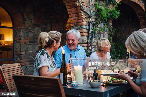 Al Fresco Dining with Friends