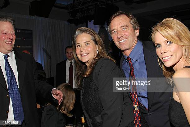 Al Gore Lorraine Bracco Robert F Kennedy Jr and Cheryl Hines attend the Robert F Kennedy Center for Justice and Human Rights 2011 Ripple of Hope...