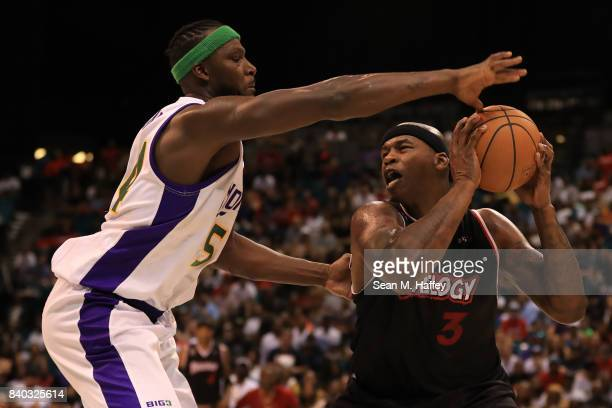 Al Harrington of Trilogy and Kwame Brown of 3 Headed Monsters during the BIG3 three on three basketball league championship game on August 26 2017 in...
