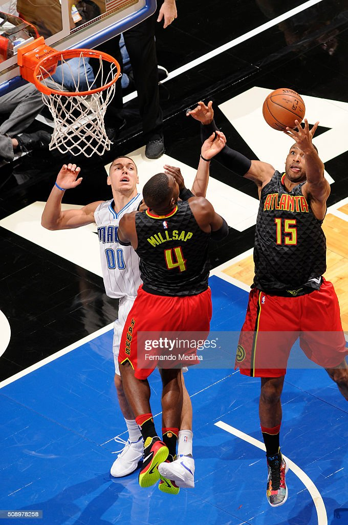 <a gi-track='captionPersonalityLinkClicked' href=/galleries/search?phrase=Al+Horford&family=editorial&specificpeople=699030 ng-click='$event.stopPropagation()'>Al Horford</a> #15 of the Atlanta Hawks grabs the rebound against the Orlando Magic on February 7, 2016 at the Amway Center in Orlando, Florida.