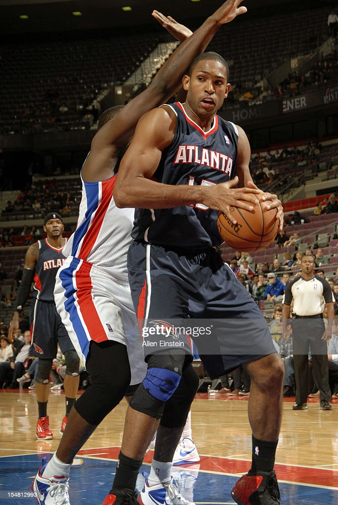 Al Horford #15 of the Atlanta Hawks keeps the ball in bounds during the game against the Detroit Pistons on October 26, 2012 at The Palace of Auburn Hills in Auburn Hills, Michigan.