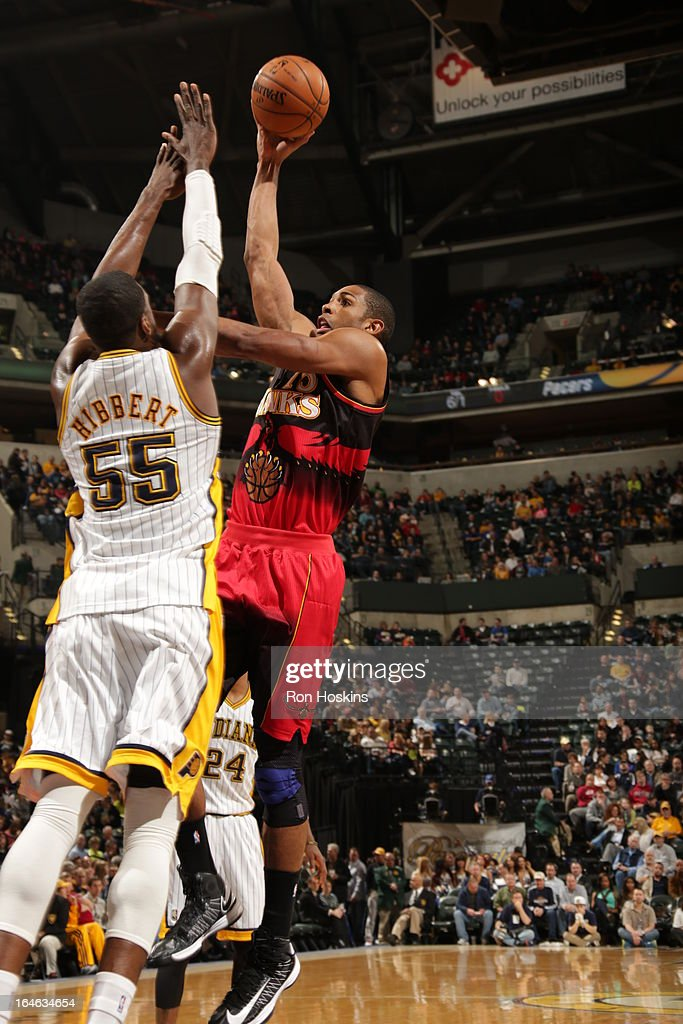 Al Horford #15 of the Atlanta Hawks shoots against Roy Hibbert #55 of the Indiana Pacers on March 25, 2013 at Bankers Life Fieldhouse in Indianapolis, Indiana.
