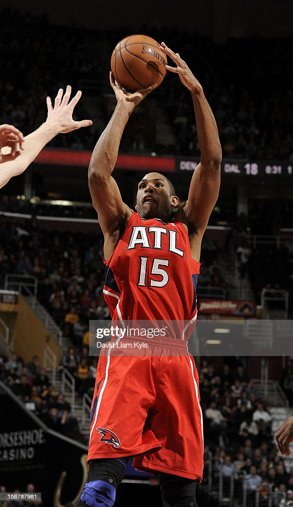 Al Horford #15 of the Atlanta Hawks shoots the jumper against the Cleveland Cavaliers at The Quicken Loans Arena on December 28, 2012 in Cleveland, Ohio.