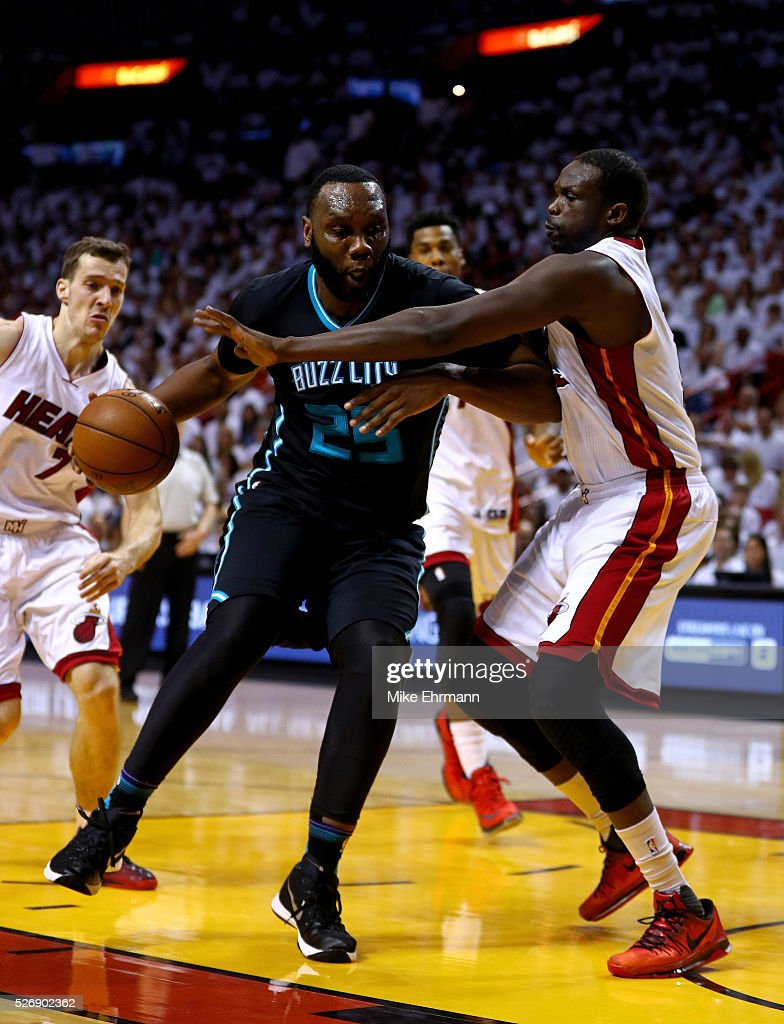 <a gi-track='captionPersonalityLinkClicked' href=/galleries/search?phrase=Al+Jefferson&family=editorial&specificpeople=201604 ng-click='$event.stopPropagation()'>Al Jefferson</a> #25 of the Charlotte Hornets drives on <a gi-track='captionPersonalityLinkClicked' href=/galleries/search?phrase=Luol+Deng&family=editorial&specificpeople=202830 ng-click='$event.stopPropagation()'>Luol Deng</a> #9 of the Miami Heat during Game Seven of the Eastern Conference Quarterfinals of the 2016 NBA Playoffs at American Airlines Arena on May 1, 2016 in Miami, Florida.