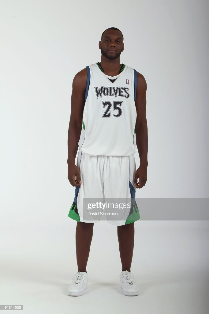 <a gi-track='captionPersonalityLinkClicked' href=/galleries/search?phrase=Al+Jefferson&family=editorial&specificpeople=201604 ng-click='$event.stopPropagation()'>Al Jefferson</a> #25 of the Minnesota Timberwolves poses for a portrait during 2009 NBA Media Day on September 28, 2009 at Target Center in Minneapolis, Minnesota.