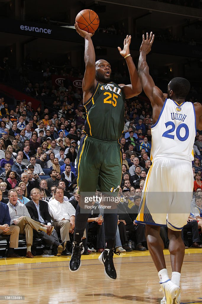 <a gi-track='captionPersonalityLinkClicked' href=/galleries/search?phrase=Al+Jefferson&family=editorial&specificpeople=201604 ng-click='$event.stopPropagation()'>Al Jefferson</a> #25 of the Utah Jazz attempts to shoot the ball over <a gi-track='captionPersonalityLinkClicked' href=/galleries/search?phrase=Ekpe+Udoh&family=editorial&specificpeople=4185351 ng-click='$event.stopPropagation()'>Ekpe Udoh</a> #20 of the Golden State Warriors on February 2, 2012 at Oracle Arena in Oakland, California.