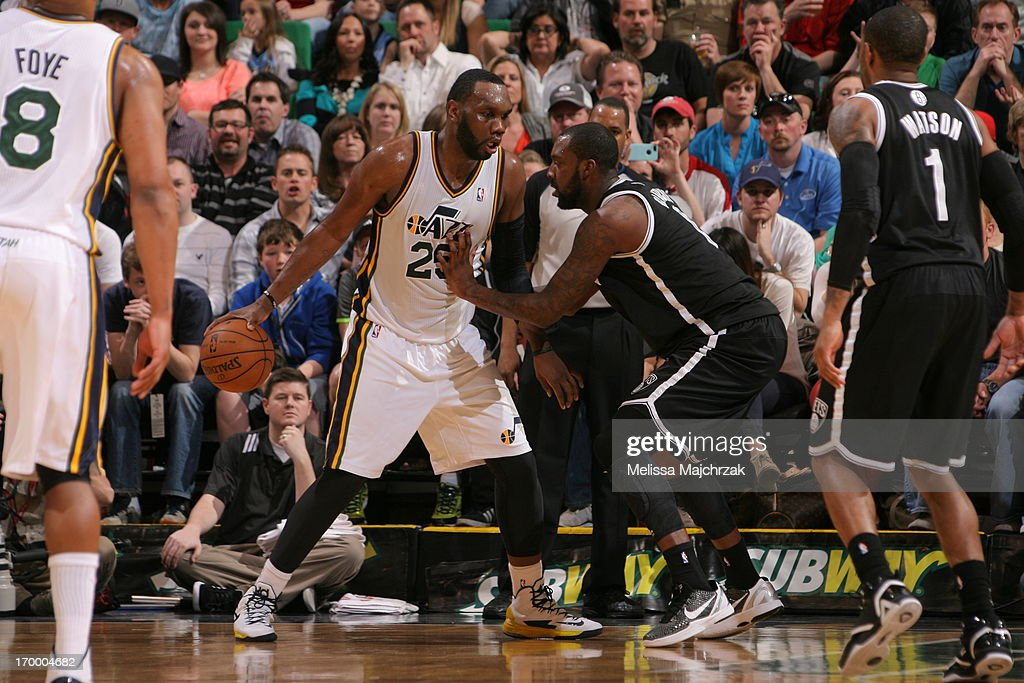 <a gi-track='captionPersonalityLinkClicked' href=/galleries/search?phrase=Al+Jefferson&family=editorial&specificpeople=201604 ng-click='$event.stopPropagation()'>Al Jefferson</a> #25 of the Utah Jazz controls the ball against <a gi-track='captionPersonalityLinkClicked' href=/galleries/search?phrase=Andray+Blatche&family=editorial&specificpeople=4282797 ng-click='$event.stopPropagation()'>Andray Blatche</a> #0 of the Brooklyn Nets at Energy Solutions Arena on March 30, 2013 in Salt Lake City, Utah.