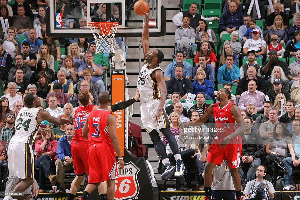 <a gi-track='captionPersonalityLinkClicked' href=/galleries/search?phrase=Al+Jefferson&family=editorial&specificpeople=201604 ng-click='$event.stopPropagation()'>Al Jefferson</a> #25 of the Utah Jazz dunks against the Los Angeles Clippers at Energy Solutions Arena on December 03, 2012 in Salt Lake City, Utah.