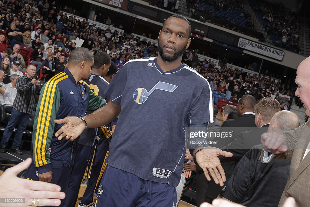 <a gi-track='captionPersonalityLinkClicked' href=/galleries/search?phrase=Al+Jefferson&family=editorial&specificpeople=201604 ng-click='$event.stopPropagation()'>Al Jefferson</a> #25 of the Utah Jazz gets introduced into the starting lineup against the Sacramento Kings on February 9, 2013 at Sleep Train Arena in Sacramento, California.