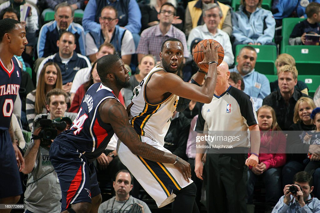 <a gi-track='captionPersonalityLinkClicked' href=/galleries/search?phrase=Al+Jefferson&family=editorial&specificpeople=201604 ng-click='$event.stopPropagation()'>Al Jefferson</a> #25 of the Utah Jazz looks to pass the ball against the Atlanta Hawks at Energy Solutions Arena on February 27, 2013 in Salt Lake City, Utah.