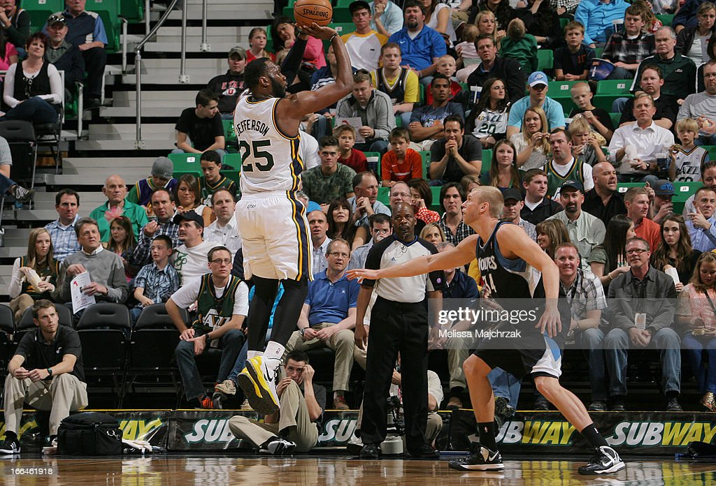 <a gi-track='captionPersonalityLinkClicked' href=/galleries/search?phrase=Al+Jefferson&family=editorial&specificpeople=201604 ng-click='$event.stopPropagation()'>Al Jefferson</a> #25 of the Utah Jazz shoots against Greg Steimsma #34 of the Minnesota Timberwolves at Energy Solutions Arena on April 12, 2013 in Salt Lake City, Utah.