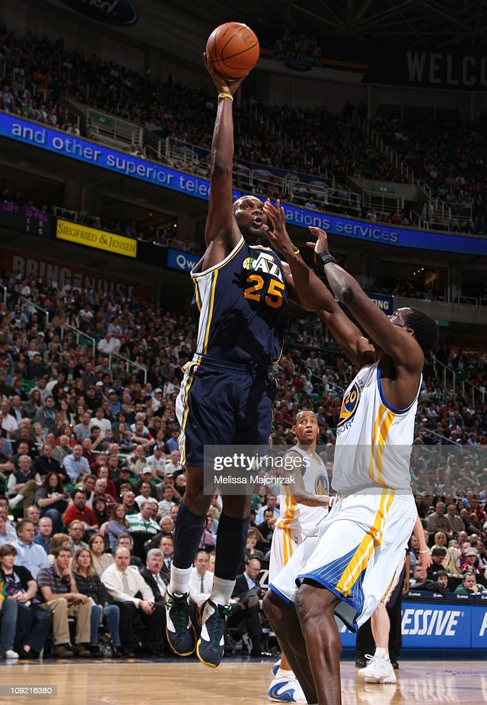 <a gi-track='captionPersonalityLinkClicked' href=/galleries/search?phrase=Al+Jefferson&family=editorial&specificpeople=201604 ng-click='$event.stopPropagation()'>Al Jefferson</a> #25 of the Utah Jazz takes the shot over <a gi-track='captionPersonalityLinkClicked' href=/galleries/search?phrase=Ekpe+Udoh&family=editorial&specificpeople=4185351 ng-click='$event.stopPropagation()'>Ekpe Udoh</a> #20 of the Golden State Warriors at EnergySolutions Arena on February 16, 2011 in Salt Lake City, Utah.